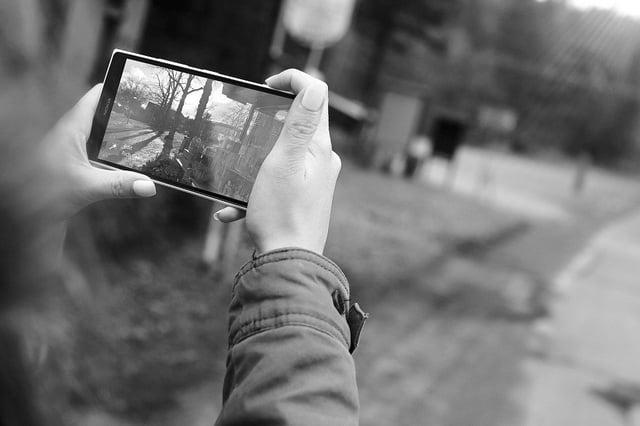mobile video for marketing for art galleries