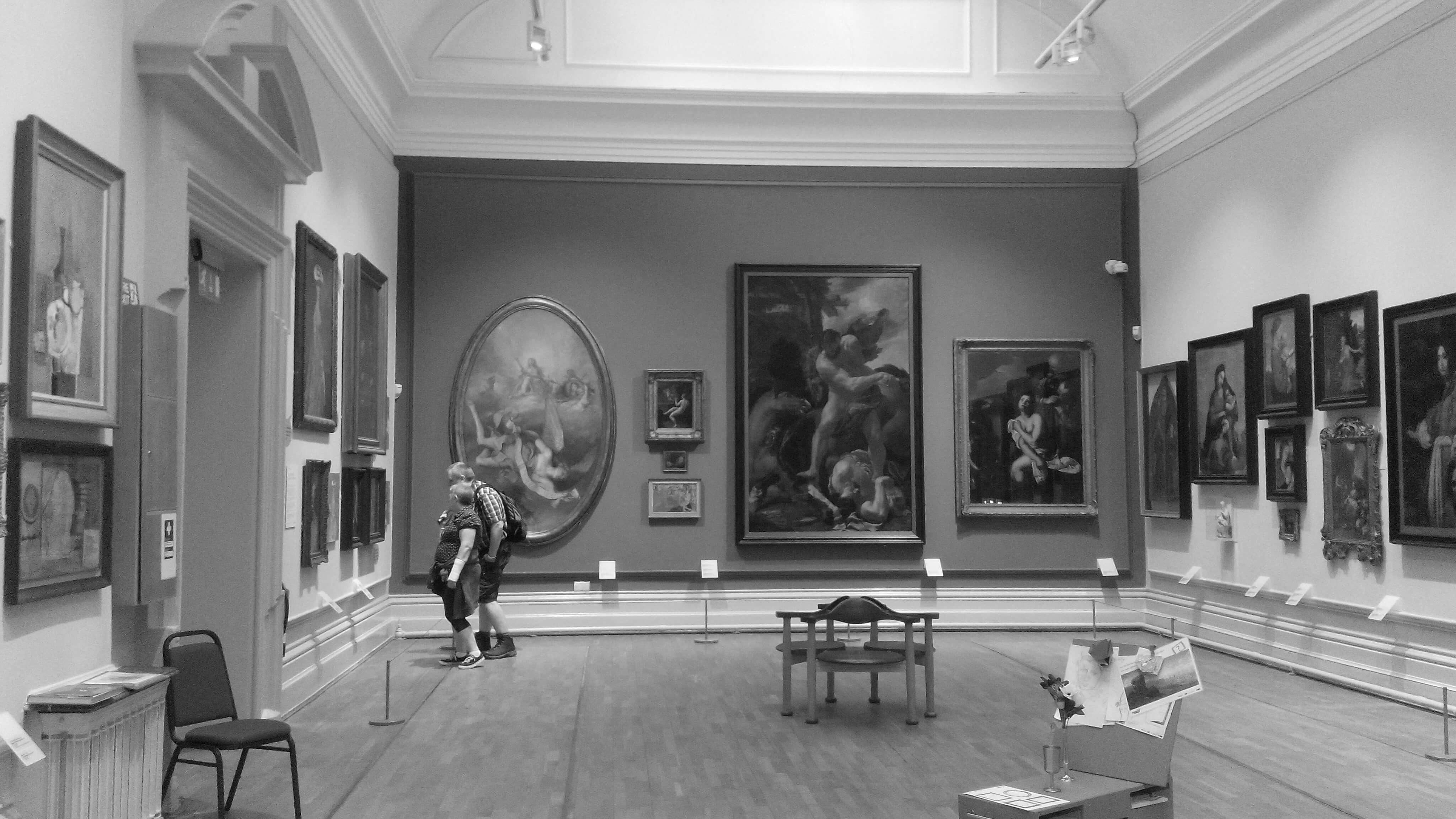 Inbound marketing for art galleries relies on influencers