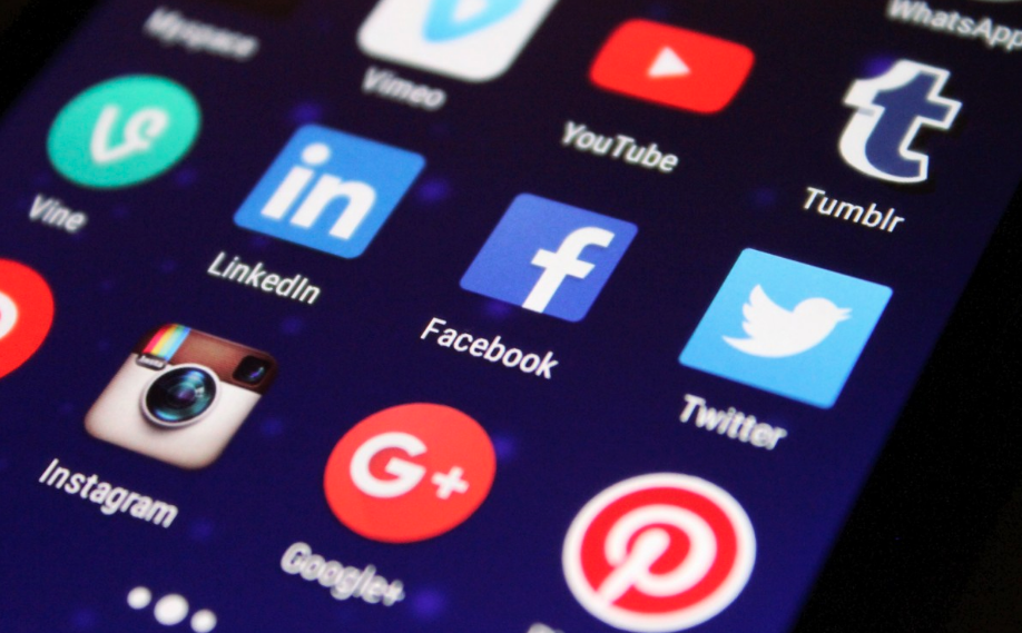 How to use paid social advertising to generate quality leads